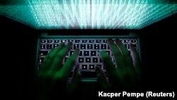 Кіберполіція радить у випадку виявлення порушень у роботі відімкнути комп'ютери від мереж