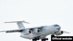 Российский военно-транспортный самолет Ил-76