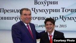 Сиёвуш Мирзоев с президентом Таджикистана Эмомали Рахмоном в Сеуле