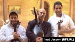 """العازفون الثلاثة في جماعة """"الأرموي"""" الموسيقية"""