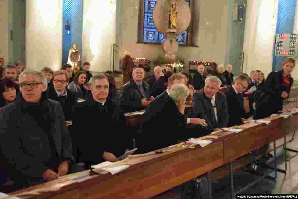 Серед учасників церемонії – німецькі політики та дипломати