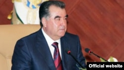 Tajikistan -- Tajik president Emomali Rahmon during meeting with intellectuals, where?, 20Mar2012