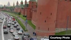 На фоне «Яппи Тауна» Кремль будет выглядить маленьким, а вот пробки в центре наоборот увеличатся