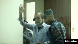 Armenia -- Zhirayr Sefilian, a radical opposition leader, in court. 26May, 2017
