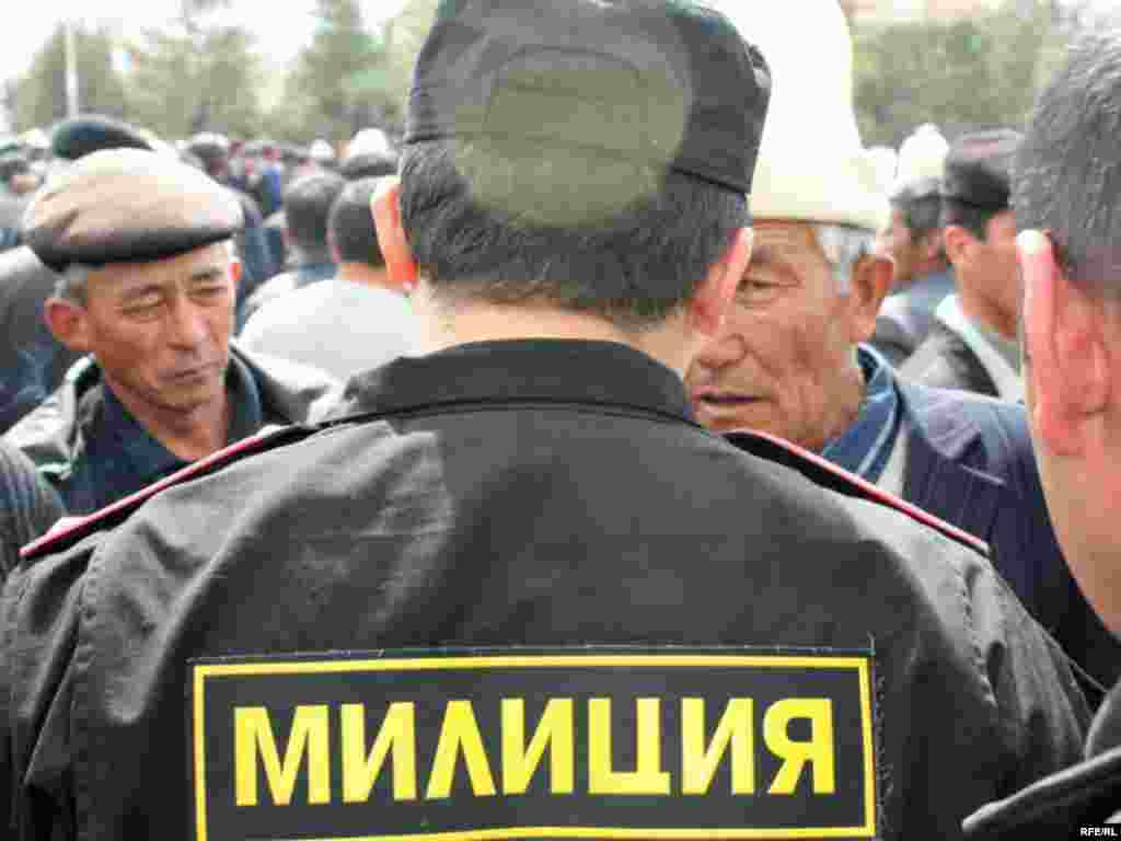Protests began a day earlier in the northwestern city of Talas, where activists occupied a government building.