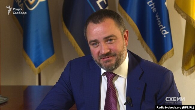Павелко стверджує, що про компанію S.D.T. FZE він знає, але небагато