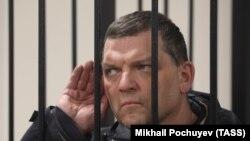 Илья Аверьянов в суде