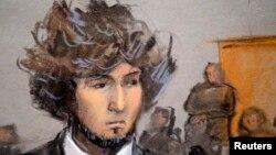 Джохар Царнаев, обвиняемый в причастности к взрывам в Бостоне, в зале суда.