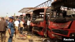 Нигерия астанасында жарылыс болған жер. Абуджа, 14 сәуір 2014 жыл.