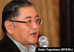 "Рысбек Сарсенбай, главный редактор газеты ""Жас Алаш"". Алматы, 13 марта 2012 года."