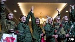 Конкурс красоты среди женщин-бойцов «ДНР», 7 марта 2015 года