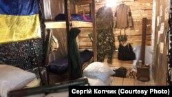 Експонати «Музею бойових дій на сході України» в місті Нікополі