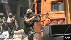 Сирия - правительственные войска ведут бой с повстанцами в Алеппо, 9 августа 2012 г.