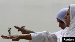 صابئة مندائيون يمارسون طقوسهم في العراق