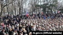 Крымские «ополченцы», Симферополь, март 2015 года