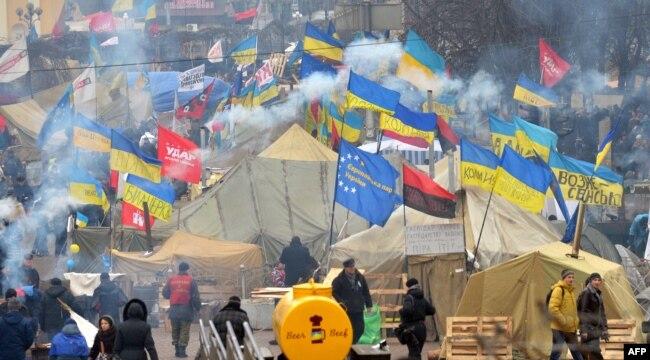 Революція гідності. Київ, майдан Незалежності, 20 грудня 2013 року