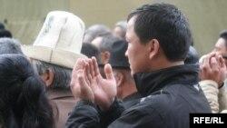 Маркум Медет Садыркуловдун жаназасы, 12-апрель, 2009.