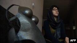 Cinsi qısnamaya etiraz edən əfqan aktrisa Kubra Khademi