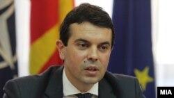 Министер за надворешни работи, Никола Попоски.