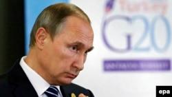 Президент России Владимир Путин на саммите G20. Анталья, 16 ноября 2015 года.