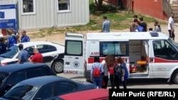 Ambulantna kola u migrantskom kampu u Velikoj Kladuši, fotoarhiv