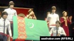 Türkmenistanly studentler