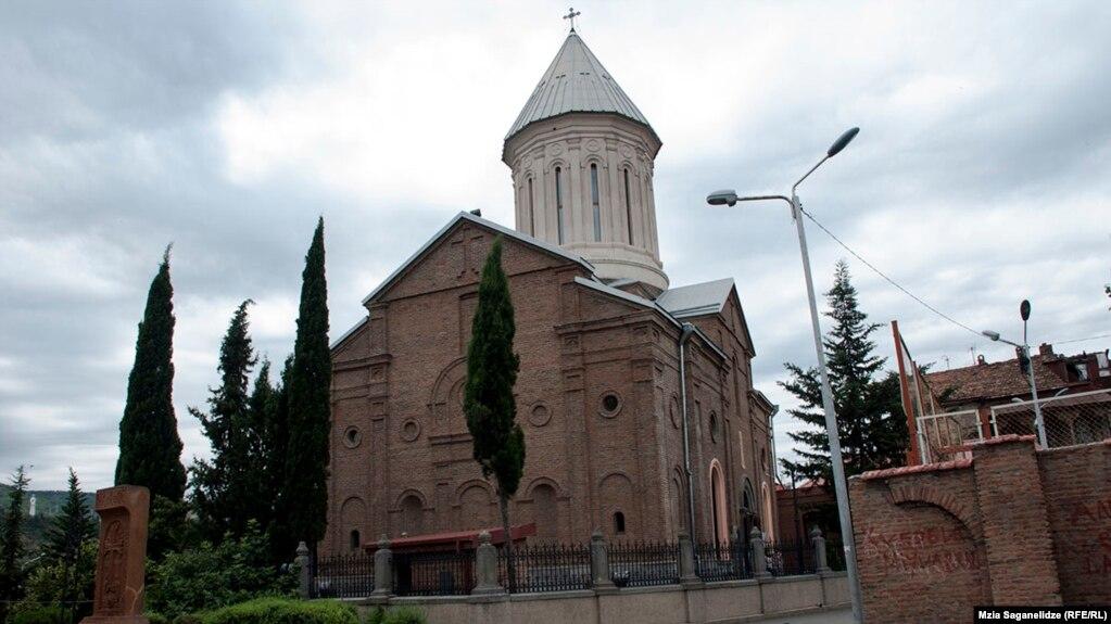 После визита Зурабишвили в Армению в Грузии вновь разгорелись споры вокруг армянских церквей