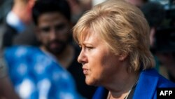 Erna Solberg, arhiv