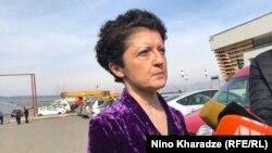 О намерении подать в отставку министр Цулукиани сообщила у ворот тюрьмы в Рустави