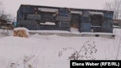 Недостроенный дом в поселке имени Габидена Мустафина. Бухар-Жырауский район Карагандинской области, 30 декабря 2016 года.