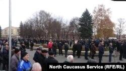 Во Владикавказе на похороны олимпийца Сослана Андиева пришли более 3000 человек