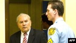 Milan Gvero pred Tribunalom u junu 2010.godine