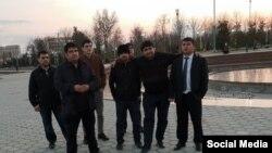 """Бывшие члены """"Группы 24"""" - авторы обращения в Верховный суд Таджикистана. Фото со странички Мехрубона Сатторова на фейсбуке"""