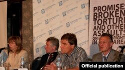 Киммо Килюнен (ортодо) ЕККУнун парламенттик ассамблеясынын жыйынында, Белград, 7-июль, 2011