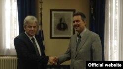 Претседателот на ДУИ Али Ахмети и грчкиот амбасадор Харис Лалакос.
