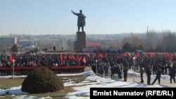 Митинг в Оше. 1 марта 2012 года.