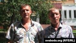 Ганаровыя донары з Рэчыцы – Сяргей Смарцэлаў і Уладзімер Радзькоў (справа)