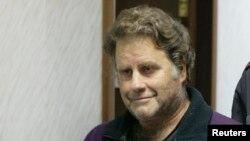 Капитан корабля Greenpeace Питер Уилкокс в районном суде Мурманска, 26 сентября 2013 года.