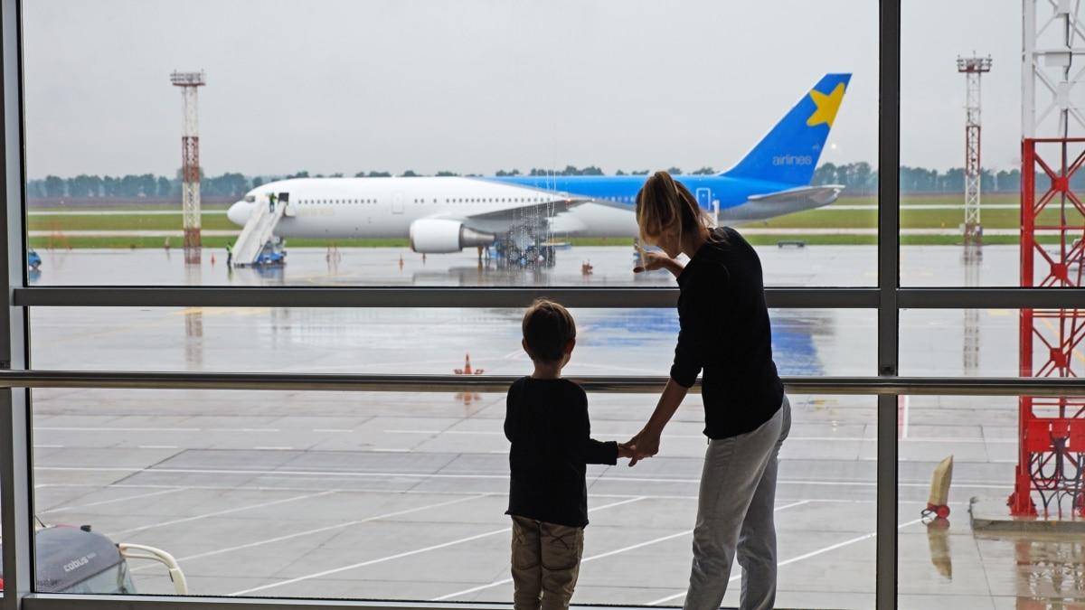Украина возобновляет авиасообщение: куда и когда можно лететь