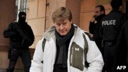 Prokurori special i BE-së, Xhonatan Ratel, largohet nga ndërtesa e Gjykatës së Qarkut në Prishtinë