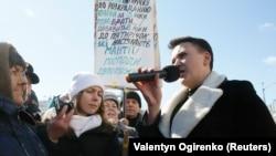 Deputata Nadia Savcenko înainte de ședința Parlamentului la care s-a votat ridicare imunității, KIev, 22 martie 2018.
