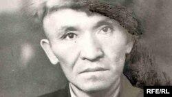 Райкан Шүкүрбеков (архивдик сүрөт)
