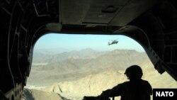 نشست پاریس در حالی برگزار میشود که حملات طالبان در افغانستان بشدت افزایش یافته است. (عکس تزئینی: AFP )