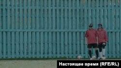 """Кадр з фільму """"Трэнэр. Гульня ў цемры"""" рэжысэркі Вольгі Абрамчык."""