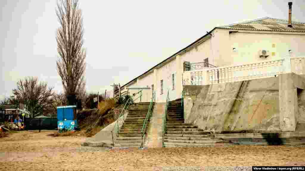 Лестница, ведущая к пляжу