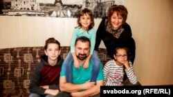 Інтэрнацыянальная сям'я Шымбалёвых-Разыевых