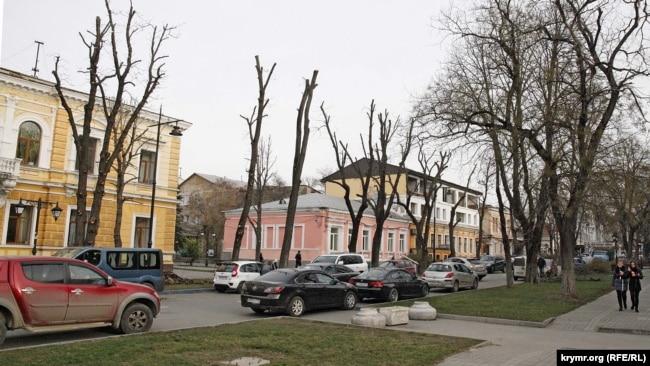 Улица Горького в Симферополе после реконструкции, 2015 год