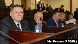 Фракция КПРФ проголосовала против законопроекта единороссов об увеличении мест для одномандатников при формировании парламента Марий Эл