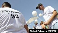 Jedna od ranijih godišnjica zatvaranja logora Omarska