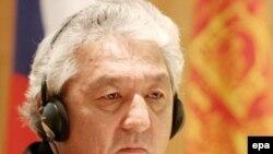 Эднан Қарабоев, ҳамакнун собиқ вазири хориҷаи Қирғизистон